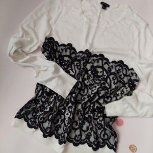 Ann Taylor knit blouse size L